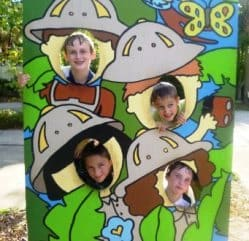 Kids in zoo cut out
