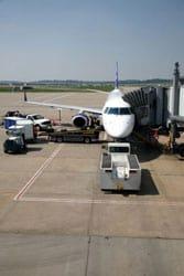 Pittsburgh airport plane